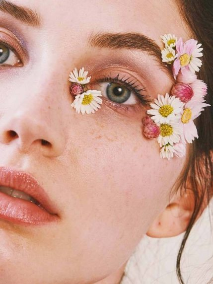 how to wear flowers on your eyes - Beautiful Pink Flowers Eye Makeup How to