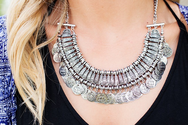 silver necklace photo
